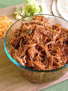 Lindsay Ann Bakes: Easy Mexican Shredded Chicken (perfect for burritos, tacos, nachos, soups and more! Mexican Shredded Chicken, Shredded Chicken Recipes, Pulled Chicken, Food Network Recipes, Cooking Recipes, Healthy Recipes, Vegetarian Recipes, Chicken Pasta Casserole, Chicken Quiche