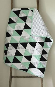 Mint and licorice :: a baby quilt. | Craftyblossom | Bloglovin'