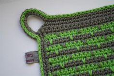 gröngrå grytlapp detalj