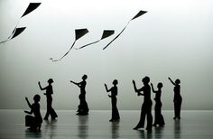 Cloud Gate Theatre of Taiwan: Wind Shadow
