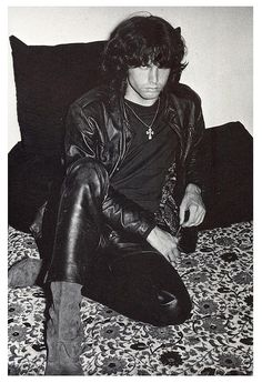 Jim Morrison in his black leather! Whew! He is very good eye candy here - it's okay, I too am an artist!!! Miss you Jim.
