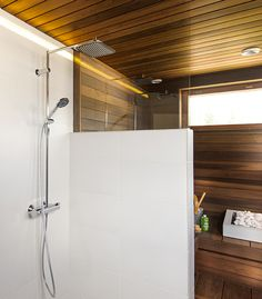 Faucet: Oras Optima - thermostatic Rain Shower.