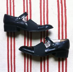 OldWIG Vente & Happening Vintage 22, 23, 24 aout 2014 au Marche des possible #oldwig #vintage #sale #marchedp #mileend #summer #shoes #boncourage