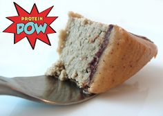 = PROTEIN POW(D)ER !: Banana & Vanilla Vegan Protein Cakes - with Dark Chocolate and Peanut Butter