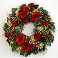 Amaryllis Wreath traditional holiday decorations