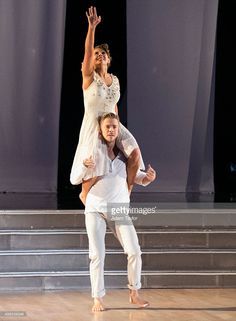 Episode 2111' - After weeks of competitive dancing, the final four couples advanced to the FINALS of 'Dancing with the Stars' this MONDAY, NOVEMBER 23, 2015 (8:00-10:01 p.m., ET). Bindi Irwin and Derek Hough