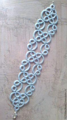 Handmade Tatted Bracelet Clove |