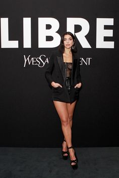 Dua Lipa - YSL New Fragrance 2019 launch party in London - Hot Celebrity Photos Celebrity Photos, Celebrity Style, Dua Lipa Concert, Le Jolie, New Fragrances, Ysl, London Fashion, Product Launch, Celebs