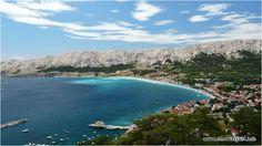 Kiedy jesteśmy na urlopie nie każdy lubi całymi dniami zwiedzać, pomijając że dużo wczasowiczów swój wakacyjny czas przeznaczało wyłącznie na plaży nic nie robiąc i ciesząc się z promieni słonecznych, to chyba nie można mieć o to do nikogo pretensji. Chorwacja idealnie nadaje się do podróżowania na wakacjach i łapania relaksu promieni słońca, bo w sezonie panuje tu o wiele więcej słonecznych momentów. http://wedrowiec.blogujacy.pl/2014/04/17/moim-zdaniem-baska-najlepszy-kurort-w-chorwacji/