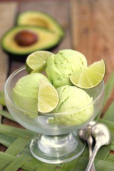 Ice Cream Freeze, Vegan Ice Cream, Fresco, Desserts With Biscuits, Mousse, Delicious Magazine, Ice Cream Recipes, Gelato, Easy Desserts