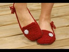 CALZADO CROCHET. SANDALIAS ZAPATOS SLIPPERS BABUCHAS ETC. - VEA MAS VIDEOS DE TEJIDOS A GANCHILLO | TEJIDOS A GANCHILLO | TVPlayVideos - Reproduce videos restringidos de YouTube