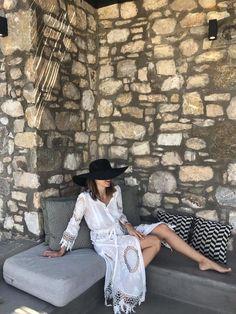 #goustomoukecapelomou #summer #styke #dress #white #blackhat #hat #black #handcrafted #summer