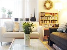 Decorating Small Living Room-Ideas