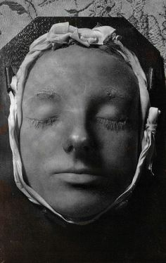 """""""mary queen of scots death mask""""  does anyone know the provenance of this thing?  (I can't believe that Mary was so young, so pretty, and above all so peaceful at death as this, but who knows?)"""