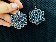 Seed Bead Jewelry, Seed Bead Earrings, Diy Earrings, Seed Beads, Wire Jewelry, Jewelry Bracelets, Handmade Jewelry, Hoop Earrings, Beaded Earrings Patterns
