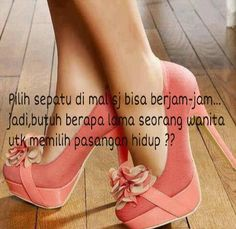 Sepatu dan perempuan