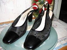 Damenschuh Gr.39    mehr infos auf willhaben.at Heels, Fashion, Used Cars, Ladies Shoes, Heel, Moda, La Mode, Pumps Heels, Fasion