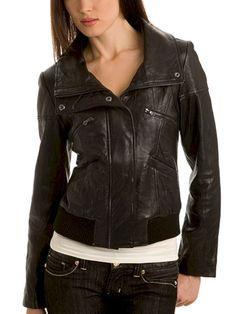 Beautiful 40+ Best Women Leather Jackets To Look Sexier https://www.tukuoke.com/40-best-leather-jackets-fashion-for-women-ideas-6979