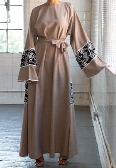 Afreen Closed Abaya - Ready To Dispatch – Aaliya Collections Abaya Fashion, Fashion Dresses, Modest Wear, Professional Dresses, Crepe Fabric, Abayas, Hijab Outfit, Formal Wear, Couture