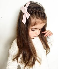 Hairstyles easy Schöne und schöne lange Frisuren für kleine Mädchen Penteados longos bonitos e bonitos para meninas Easy Little Girl Hairstyles, Baby Girl Hairstyles, Cute Hairstyles, Toddler Hairstyles, Hair For Little Girls, Little Girl Braids, Gorgeous Hairstyles, Girls Braids, Hair Dos For Kids