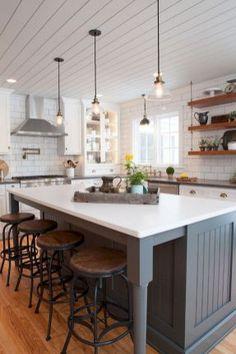 50 elegant farmhouse kitchen decor ideas (44)