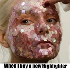 17 Memes That Really Hit Home For Makeup Lovers Makeup Humor, Makeup Quotes, Funny Makeup, Funny Relatable Memes, Funny Jokes, Hilarious, Ain't No Sunshine, Makeup Addict, Blog
