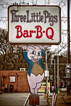 Three little pigs BBQ. Now aren't they the meal? bbqez.com