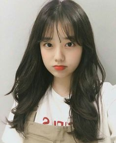 "The Boyz Series : Kim Sunwoo ""Jiheo, aku anter pulang ya? Pretty Korean Girls, Korean Beauty Girls, Cute Korean Girl, Asian Beauty, Asian Girl, Ullzang Girls, Cute Girls, Korean Bangs, Medium Hair Styles"