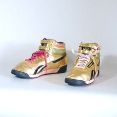 size 65 1980s vintage REEBOK gold & neon leather by maefairvintage, $98.00