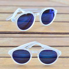 Blue & Suglasses: the perfect match!  #soujazz #sunglasses #eyewear #lojajazz #shades #style #ootd