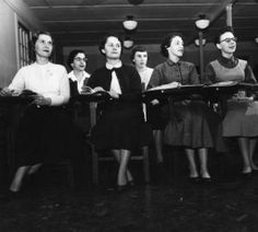 Women students in evening classes :: University Archives