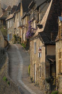 Beynac-et-Cazenac, Dordogne | France  Beautiful village