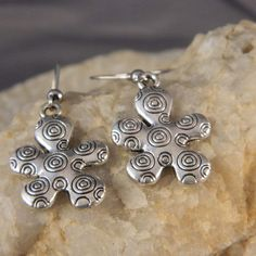 Whimsical Flower Earrings by WireNWhimsy on Etsy