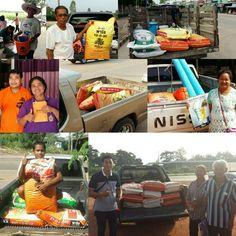 It's a happy morning when you get a smiley customers buying our products from around the country รวมรูปลูกค้าพาริชทั่วประเทศเช้านี้ #ใบ #ดอก #ผล #ผลดก #ผลโต #ราก #รากโต #พารวย #รวย #เกษตร #เกษตรกร #ชาวนา #ชาวสวน #ชาวไร่ #หวย #เฮง #โชคลาภ #parich #fertilizer #organicfertilizer #organic #harvest #farm #farmer #farming #agriculture #soil #goodsoil #plantation #planting #agri #innovationforbetterliving
