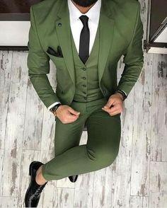 Green Men's Suit Business Style 3 Piece Suits Tuxedo-Suit-LeStyleParfait.Com #suitsmenfashion