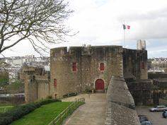 Château de Brest, entrée Brest Bretagne, Hui, Mount Rushmore, Mountains, World, City, Nature, Travel, Naturaleza