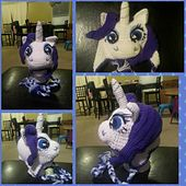 Ravelry: Rare Pony Hat/ Rarity pattern by Yarnee Marmee