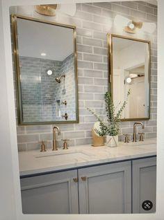 Diy Bathroom Decor, Bathroom Interior Design, Bathroom Ideas, Bathroom Organization, Bathroom Lighting, Bathroom Inspo, Bathroom Mirrors, Budget Bathroom, Bathroom Cabinets