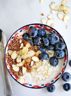 Overnight Muesli Oats - prep this healthy breakfast the night before and breakfast is ready to eat! | anutritionisteats.com