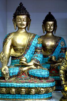 Buda Bronce con Base de Piedra 32 cm. CÓD. 744M #buda #bronce #budabronce #india #imagenbuda #hindu Buddhism, Zen, Base, India, Statue, Bronze, Goa India, Sculpture, Sculptures