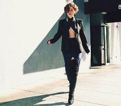 Karla Deras Street Style Black Outfit