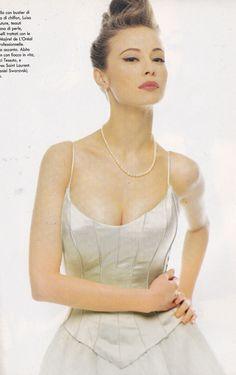 https://flic.kr/p/xfasZy | Voge Italia Luisa Beccaria Marzo 1995 | Nina Brosh?