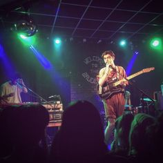 We're in Leeds and @theDeclanMcKenna is killing it at the Brudenell (@Nath_Brudenell) tonight! : Laura Giles