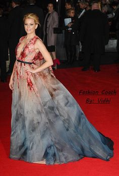 https://vidhiparmar.wordpress.com/2014/11/17/perfect-gown-for-red-carpet/ Hello Readers, Elizabeth Banks wore a dress of contrasts by Elie Saab in London last week. She wows donning dramatic blue pink dress with a plunging neckline.The 40-year-old actress looked stunnin...