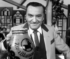 Heinz Schenk, 1924 bis 2014 #RIP. Zum blauen Bock. Geliefd tv programma bij ons thuis.