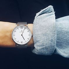 Always on time with my kapten and son mesh watch in silver | kapten-son.com