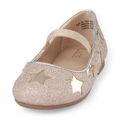 Kids Shoes With Arch Support Fashion Kids, Toddler Winter Fashion, Girl Fashion, Womens Fashion, Kids Clothing Rack, Kids Clothing Brands, Toddler Girl Outfits, Kids Outfits, Toddler Girls