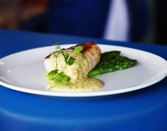 Recipe - Pan-Fried Fillet of Hake with Asparagus & Chive Hollandaise
