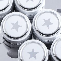 Up close & personal - just the way we like it. #SUPERMUD #HELLOSEXY #GLAMGLOW