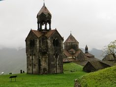 Visiting Armenia: Haghpat, Sanahin and Akhtala monasteries Sacred Architecture, Church Architecture, Armenian History, Armenian Food, Cathedral Church, Old Churches, European Destination, Beautiful Places In The World, Beautiful Buildings